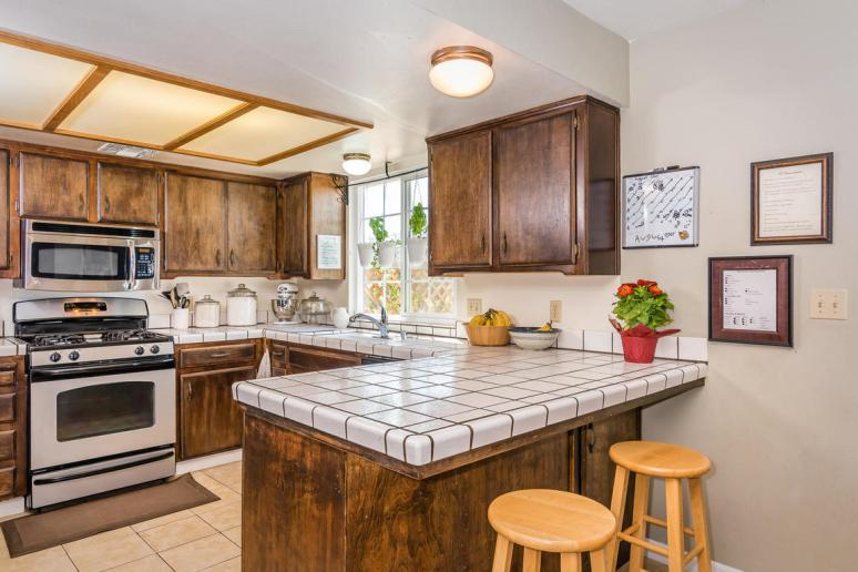 2040 Green Brook Ln Paso-MLS_Size-010-13-Breakfast NookKitchen-1152x768-72dpi