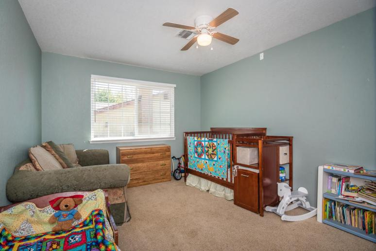 2040 Green Brook Ln Paso-MLS_Size-017-23-Bedroom 2-1152x768-72dpi