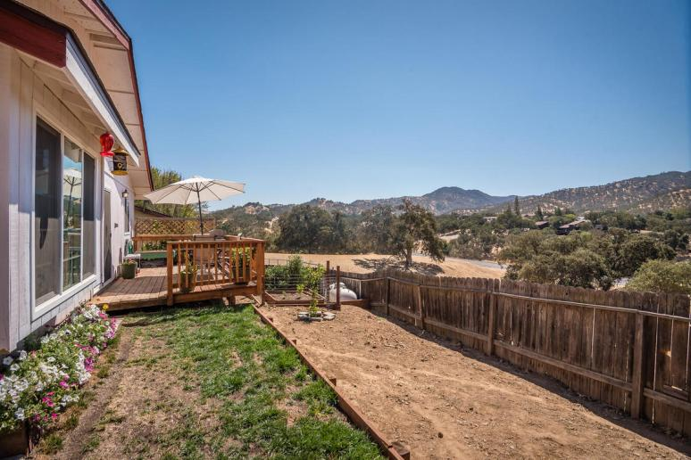 2040 Green Brook Ln Paso-MLS_Size-026-21-Back Yard-1152x768-72dpi