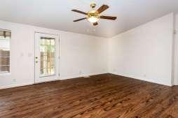 360 Bobwhite Dr Paso Robles CA-small-012-26-Family Room-666x445-72dpi
